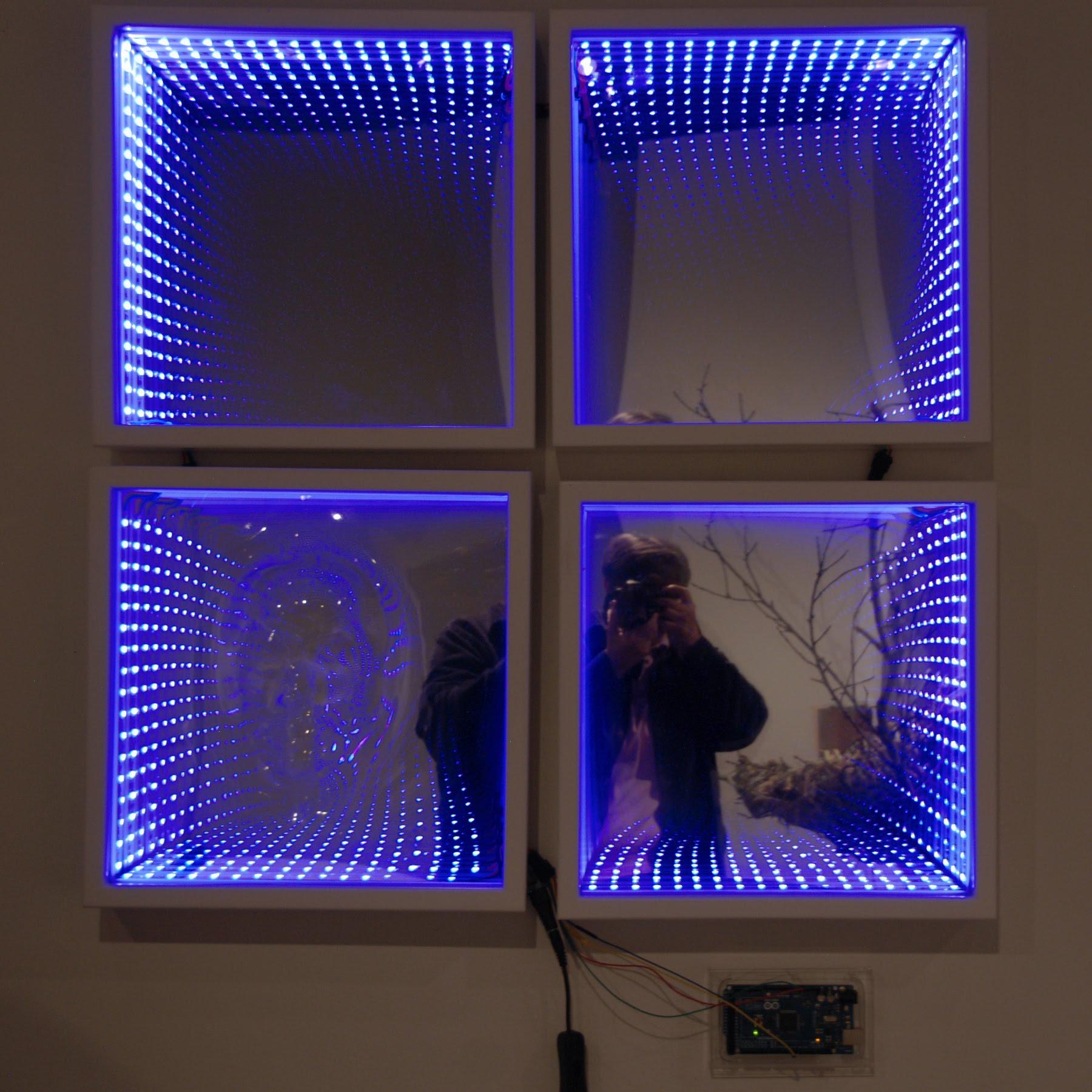 Hướng dẫn dán giấy dán kính phản quang làm gương vô cực
